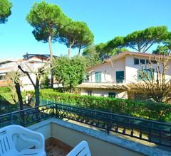 Modernes Ferienhaus in Massa mit Garten 2