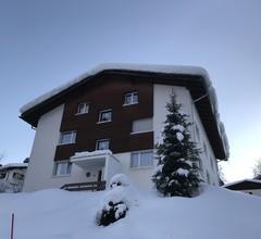 Haus Beta / Meier, (Flims Waldhaus). 3.5 Zimmerwohnung - 48 1