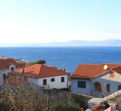 1-Zimmer-Ferienwohnung mit Terrasse und Meerblick Postira, Brac (A-2913-c) 2