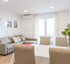 Apartment Luce Royal 1