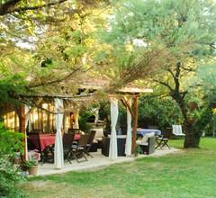 Villa mit 6 Schlafzimmern in Barbentane mit privatem Pool, eingezäuntem Garten und W-LAN - 80 km vom Strand entfernt 2