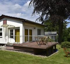 Ruhiges Ferienhaus in Steffenshagen mit großem Garten 1