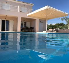 Villa Elia 1