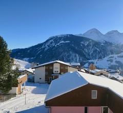 Casa Segnas/Lindt, (Segnas). 1107 Ferienhaus im Skigebiet für max. 10 Personen 2