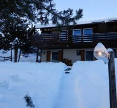 Casa Mulinatsch, (Rueras/Sedrun). 670.01 Ferienwohnung mit Dusche/WC für max. 3 Personen 1