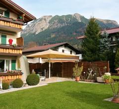 Alpenflair Ferienwohnungen Gästehaus Tepferdt 1