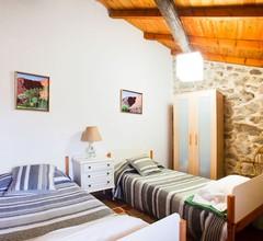 Komfortables und gemütliches Bauernhaus mit Gartenin einer schönen Umgebung 1