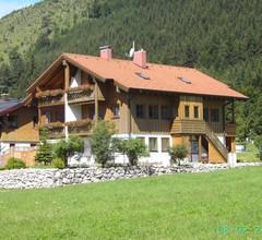 Ferienwohnung für 4 Personen (68 Quadratmeter) in Oberjoch 2
