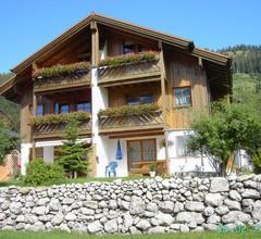 Ferienwohnung für 4 Personen (68 Quadratmeter) in Oberjoch 1