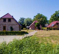 Ferienhof Landhäuser Mechelsdorf nahe Ostseebad Kühlungsborn - 4-Raum-Landhaus (1) mit Sauna und Kamin (86m²) 2