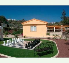 Ferienhaus auf Finca mit Pool - F0186 1