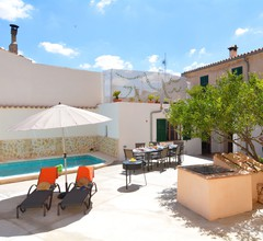 Mallorca Town House with Pool Beaches 20 mints 2