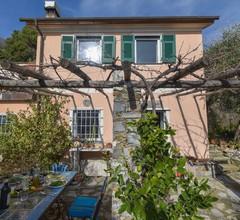 Charmante Villa an der Blumenriviera Liguriens mit Terrasse 1