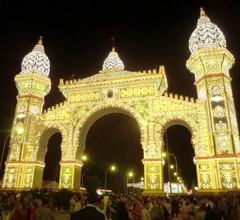 Genießen / Genießen Sie Sevilla in nur 10 Minuten. A / A-WIFI-FREE POOL 2