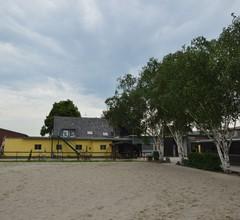 Überdachter Bauernhof mit Terrasse und Garten in Juchen 2