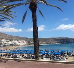 Bungalow mit 2 Schlafzimmern in Playa de la Américas mit herrlichem Meerblick, möbliertem Balkon und W-LAN - 50 m vom Strand entfernt 2