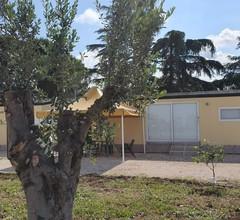 Bungalow mit einem Schlafzimmer in Lizzano mit Pool - 6 km vom Strand entfernt 2