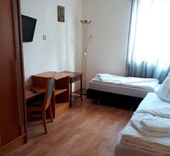 Wohnung für 4 Personen in Schwechat 1