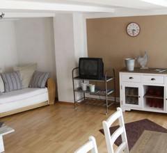 Ferienwohnung Lux (Weißenburg). Gemütliche Ferienwohnung (90 qm) mit kostenfreiem WLAN und voll eingerichteter Küche 1