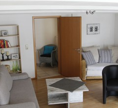 Ferienwohnung Lux (Weißenburg). Gemütliche Ferienwohnung (90 qm) mit kostenfreiem WLAN und voll eingerichteter Küche 2