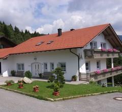Ferienhaus Wellisch (Lohberg). FeWo 3, Lärche, 75 qm mit Wohnzimmer 2