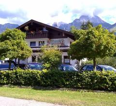 Alpenpension Bergidyll (DE Schönau a. Königssee). Wohnung für 2 bis 6 Pers., 100 qm, zwei sep. Schlafzimmer, Terrasse mit Bergblick 1