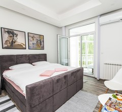 Modern Studio for 3 People in the Heart of the City Center 1