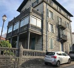 Apartment Vieux fort - dans le centre ville avec terrasse et jardin 2