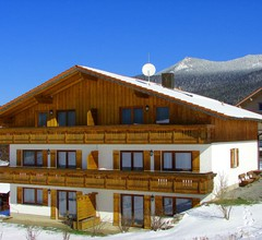 Ferienhaus Mariele (Lohberg). Ferienwohnung Enzian mit 2 sep. Schlafzimmern und Südbalkon 1