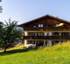 Ferienhaus Mariele (Lohberg). Ferienwohnung Enzian mit 2 sep. Schlafzimmern und Südbalkon 2