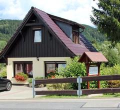Ferienhaus J. u. E. Hellmich (Neuhaus OT Scheibe-Alsbach). Ferienhaus J. u. E. Hellmich (Scheibe-Alsbach) 1