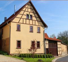 Ferienwohnung Landblick (Alkersleben). FW m. 1 Wohnr., 2 Schlafr., 1 komb. Wohn-/Schlafr., Küche, Bad DU/WC, 1-6P., 77 m² 2