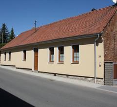 Ferienwohnung Helbing (Marlishausen). FW mit 1 Wohnz.,1 Schlafz., Bad DU+WC, 50m² 2