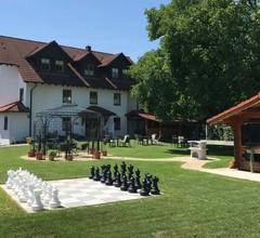 Gästehaus Trostelhof, (Salem). Ferienwohnung 5, 98 qm, 3 Schlafzimmer, max. 5 Personen 2