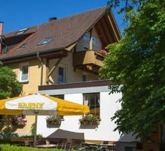 Dorfgasthaus zum Löwen, (Frickingen). Ferienwohnung, 70 qm, 1 Wohnzimmer, 1 Schlafzimmer, max. 5 Personen 2