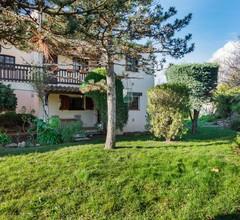 Schönes Ferienhaus in Saint Raphaël mit Balkon 2