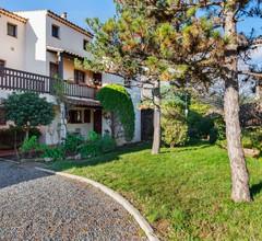 Schönes Ferienhaus in Saint Raphaël mit Balkon 1