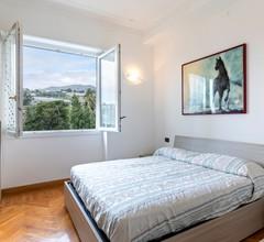 Gemütliches Ferienhaus mit Balkon in Sanremo 2