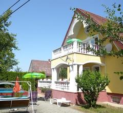 Ferienhaus medencével, klímával, 2 fürdőszobával és terasszal 2