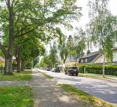 Helles Ferienhaus mit Garten in Mahlow, Brandenburg 2