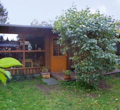 Bungalow mit Terrasse und Garten 2