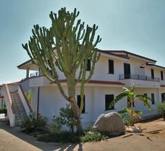 Gemütliches Ferienhaus mit Swimmingpool in Ricadi Kalabrien 2