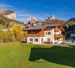 Chalet DUMBRIA mitten im Grünen für bis zu 19 Personen in den Suedtiroler Dolomiten 2