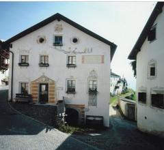 Ferienwohnung mit 3 Schlafzimmern, (Guarda). Ferienwohnung Tessanda Verdet (6-7 P. 100 m²) 2