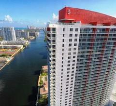 Apartments Beachwalk Resort 2