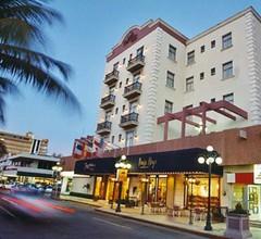 Ruiz Milán Hotel 1