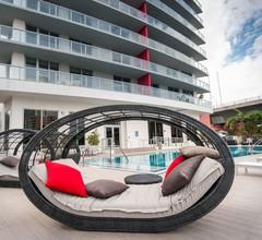 Beachwalk Resort Apartment 3108 2
