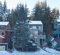 Neue Auflistung. 100 Meter zur Creekside Gondola. Komplett umgebautes Stadthaus mit 1 Schlafzimmer. Für 4 Personen 2
