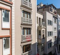 Schönes und helles, zentrales Studio Loft in Taksim 1