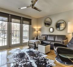 """""""Luxuriöse- Stilvolle- Moderne Wohnung im Herzen von Montreal Village !!!!"""" 1"""